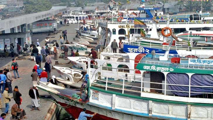উত্তাল পদ্মা : কাঁঠালবাড়ী-শিমুলিয়া রুটে নৌযান চলাচল বন্ধ