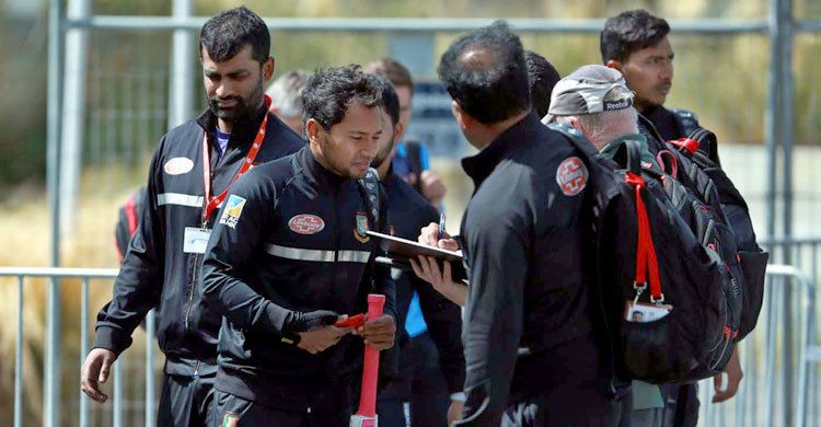 সন্ত্রাসী হামলা : শেষ টেস্ট বাতিল, দ্রুত দেশে ফিরছেন বাংলাদেশ দল