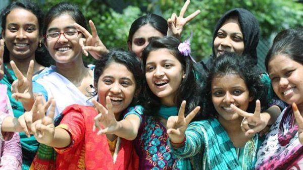 শিক্ষার্থীদের বিনা সুদে ঋণ দেয়ার কথা ভাবছে সরকার : শিল্পমন্ত্রী