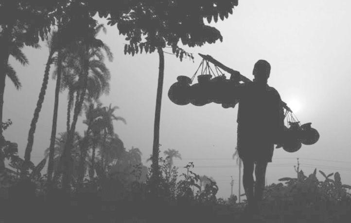 কুয়াশার সঙ্গে হালকা বাতাসে বাড়ছে শীতের কাঁপুনি