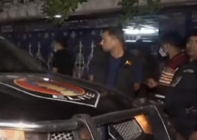 বাড্ডায় 'গোল্ডেন মনিরের' বাসায় র্যাবের অভিযান, বিপুল টাকা-স্বর্ণালঙ্কার জব্দ