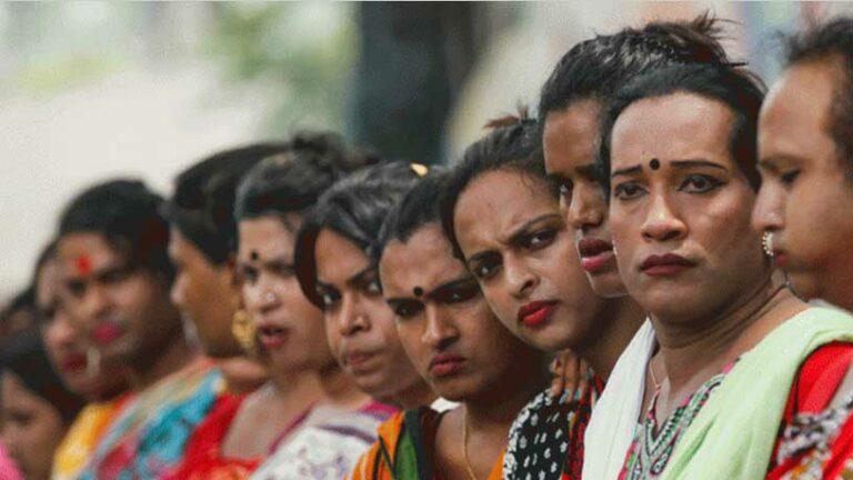পাবনায় সরকারি বাড়ি পাচ্ছেন তৃতীয় লিঙ্গের মানুষেরা